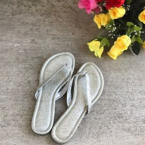 NWOT Silver Glitter Sandals🧚🏽♂️